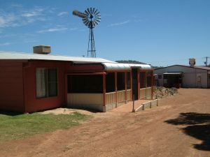 Bindoon's Windmill Farm - Accommodation Adelaide