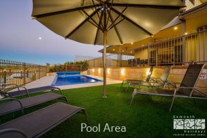 7 Kestrel Place - PRIVATE JETTY  POOL - Accommodation Adelaide