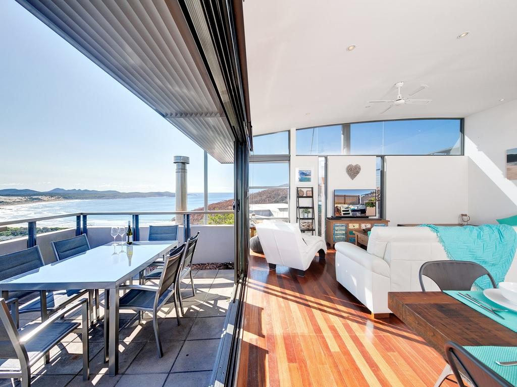 One Mile Cl Townhouse 22 26 The Deckhouse - Accommodation Adelaide