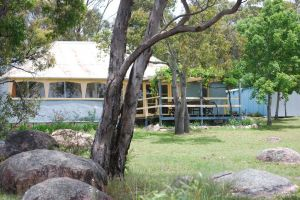 Twisted Gum Vineyard Cottage - Accommodation Adelaide