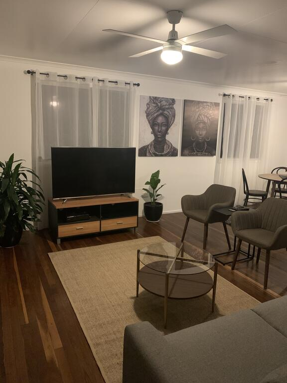 3 Bedroom Apartment - Accommodation Adelaide